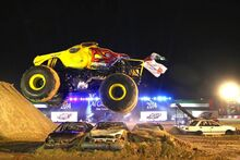 Monstertruck2-forweb