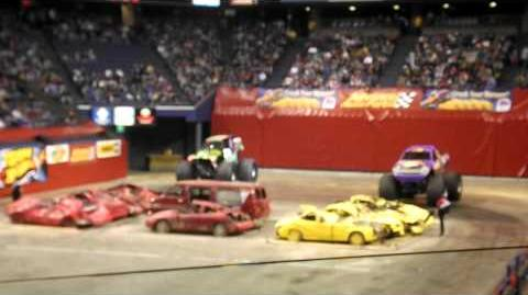 BAD NEWS TRAVELS FAST VS GRAVE DIGGER---LEXINGTON, KY 1-14 15 2012