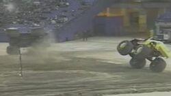 2 truck crash
