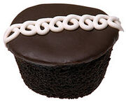 220px-Hostess-Cupcake-Whole