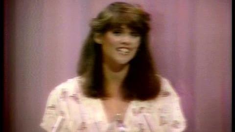 Pam Dawber Wins People's Choice Award (1979)