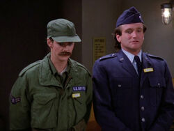 Mork & Mindy episode 2x15 - The Mork Syndrome
