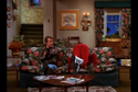 Mork & Mindy - Pilot - Mork sits on the couch