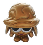 Nutmeg figure gold