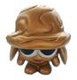 Nutmeg figure gold
