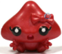 Kissy figure bauble red