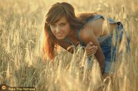 http://www.ratethehotness.com/country-girl-country-women-beautiful-girl-771