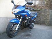 Kawasaki zr-7s blau front