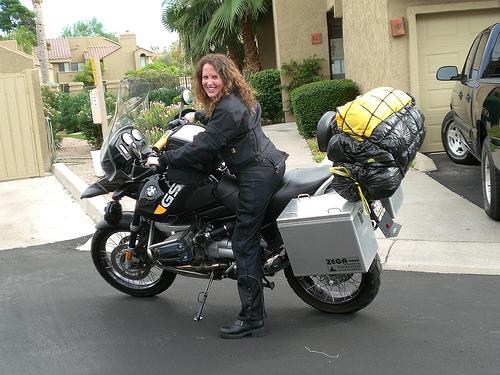 frauen am motorrad