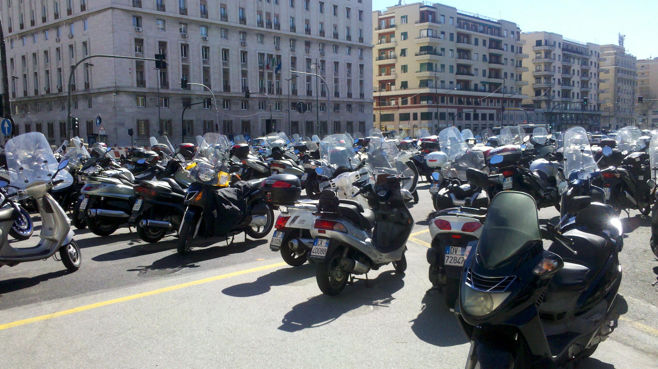 motorrad italien warnweste