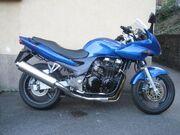799px-Kawasaki zr-7s blau endtopfseite