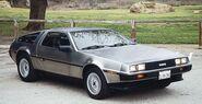 1981-1982-delorean-dmc12