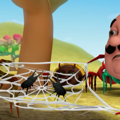 Motu and Patlu become spiders and have to remake the webs for punishment