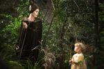 Maleficent and Aurora 001