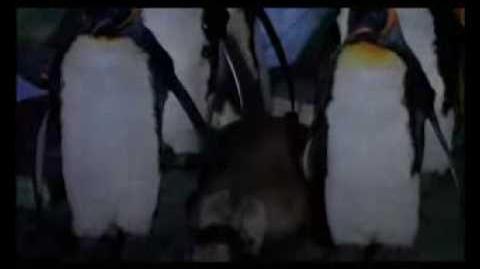 Batman returns-penguin die