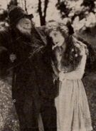 1919 Anne Strohmann