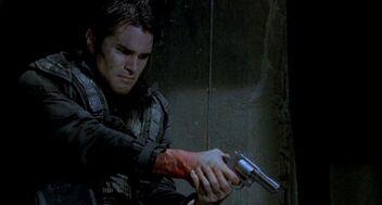 600px-Resident Evil-Revolver-3