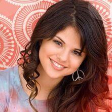 Selena-Gomez-940-x-420