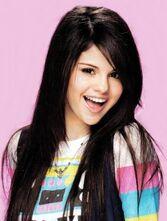 Selena-gomez-4-227x300