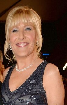 Jennifer Gibney as Cathy Briwn