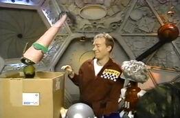 MST3k- Fugitive Alien host segment- Crow Has Dr. F' head