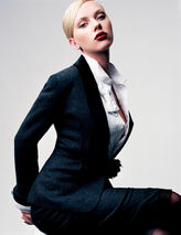 Scarlett-johansson-craig-mcdean-photoshoot-for-w-magazine-hq-2