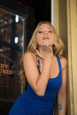 2013-Scarlett-Johansson-DonJon-5