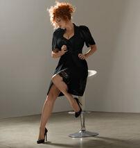 Christina-Hendricks-Esquire-Photoshoot-christina-hendricks-8730819-456-480