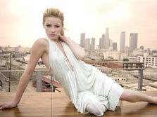Girls Models Models A Amber Heard 026904