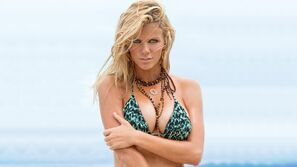 Brooklyn-decker-25