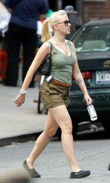 Scarlett-johansson-hot-green-tops-b