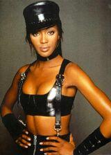 Naomi-Campbell-022