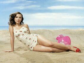 Scarlett Johansson playa