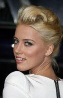 Amber Heard7Cahwhtminidr04