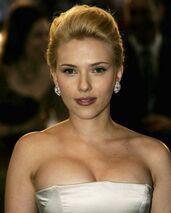 Scarlett-johansson-hot-pics 28
