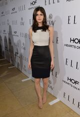 Alexandra-daddario-at-elle-s-women-in-television-celebration-in-hollywood 5