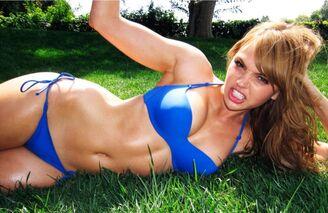 Aimee teegarden mens health magazine june 2011 6AltedHf.sized