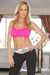 Brandi-love-teaches-lola-foxxx-yoga-and-sex-positions-1