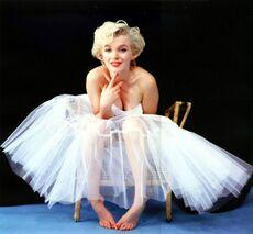 Annex - Monroe, Marilyn NRFPT 048