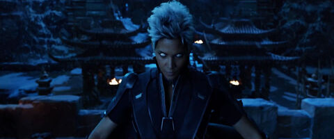 X-Men-Days-of-Future-Past-Trailer-Storm-Halle-Berry