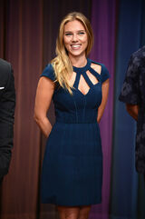 Scarlett-Johansson-in-Catherine-Deane-Late-Night-With-Jimmy-Fallon-4