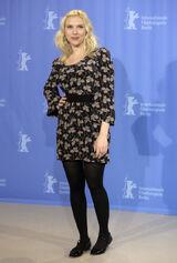 Scarlett Johansson scarlett-johansson-the-other-boleyn-girl-photocall-in-berlin-01