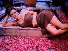 Courteney Cox Arquette 7 1600x1200 International Model Sexy Wallpaper