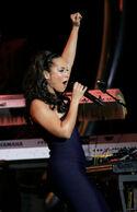 Alicia-Keys-Hot-07