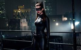 Película - El Caballero Oscuro La leyenda renace - Fotograma - Anne Hathaway 3