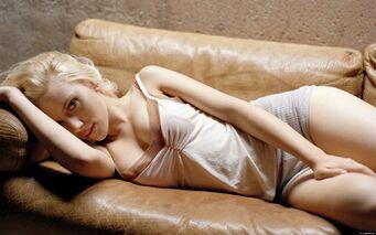 Scarlett Johansson 08