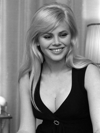 Britt-ekland-wife-of-peter-seller-in-her-flat-in-kings-road-chelsea-march-1964