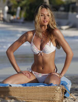Candice-Swanepoel-in-white-bikini-2013-VS-photoshoot-17
