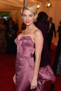 Amber-heard-cleavage-costume-institute-gala-0507-12