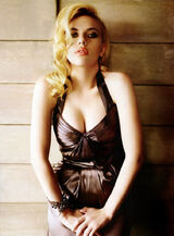 Scarlett-johansson-cleavage-inny-02